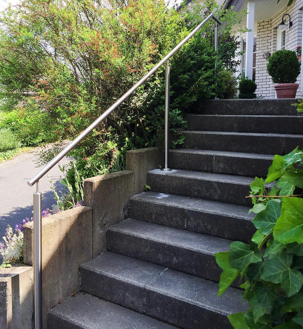 Treppengeländer in Edelstahl