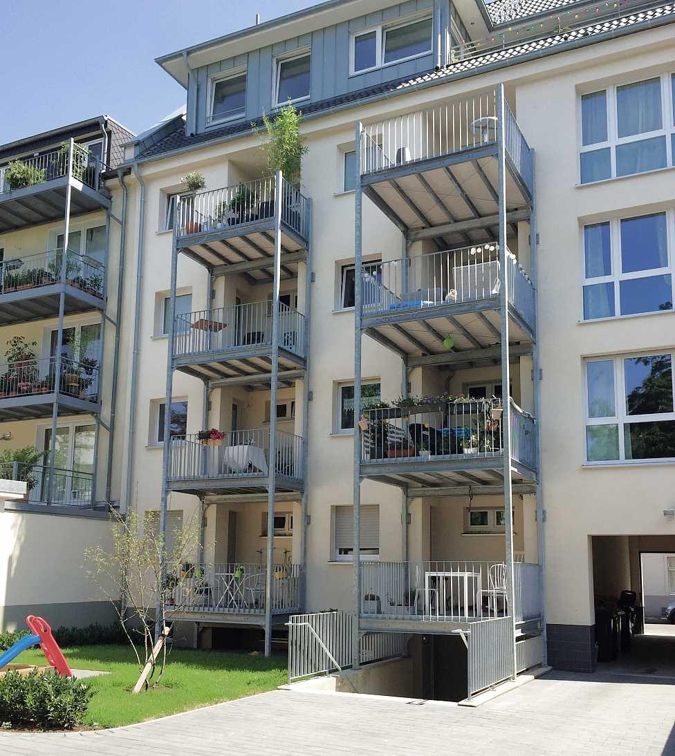 Balkone in Mehrfamilienhaus